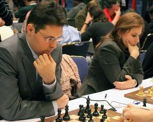 Lékó Péter és Polgár Judit a 2008-as sakkolimpián Drezdában